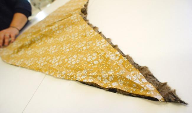 Tutoriel couture snood triangle fausse-fourrure